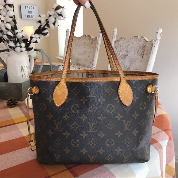 Louis Vuitton Handbags - louis vuitton neverfull pm authentic